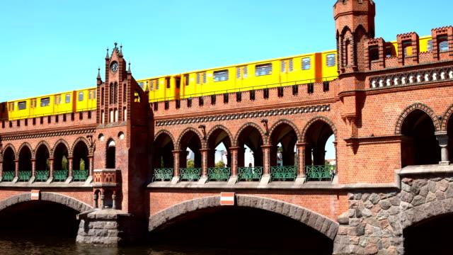 oberbaum bridge in berlin - berlin stock videos & royalty-free footage