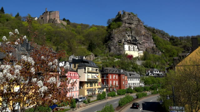 oberstein castle and felsenkirche, church built in a rock, above the old town, idar-oberstein, nahe valley, rhineland-palatinate, germany - evangelicalism stock videos & royalty-free footage