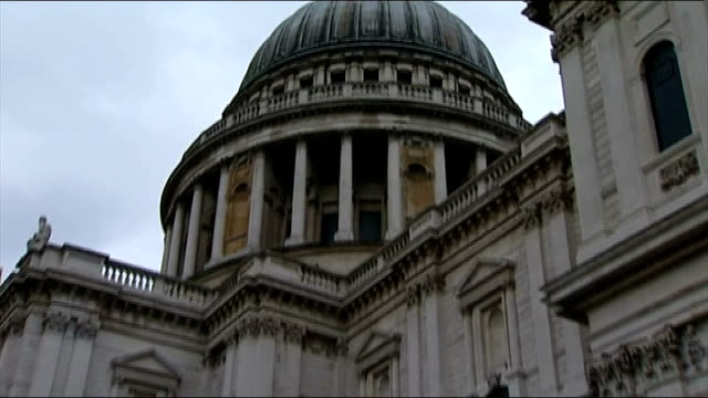 Occupy London protesters continue to challenge eviction plans T15011212 St Paul's Cathedral Dome of St Paul's Cathedral TILT DOWN to protest camp...