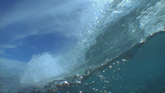 slo mo, cu, ocean wave and ocean floor, tavarua island, fiji - coral stock videos & royalty-free footage