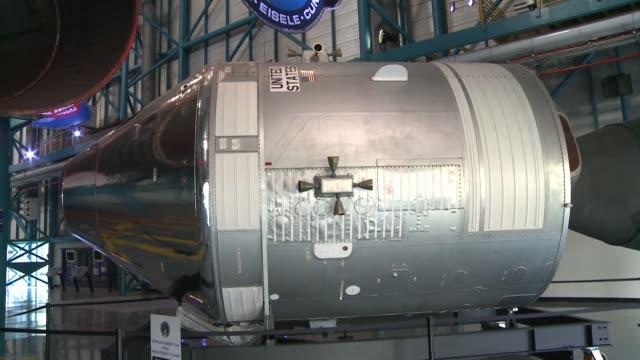 vídeos y material grabado en eventos de stock de ocho lanzamientos de cohetes y una miniestacion en orbita lunar para 2024: el jefe de la nasa presento el programa artemisa que aspira a llevar a los... - llevar