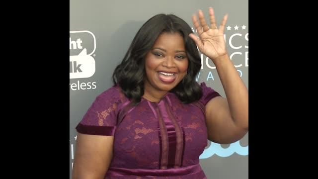 GIF Octavia Spencer at the 23rd Annual Critics' Choice Awards