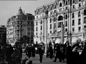 vidéos et rushes de october 1936 b/w montage hotel negresco, promenade des anglais / nice, france - 1936