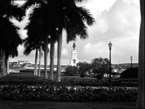 October 1936 B/W WS PAN Street and town square / Grenada, West Indies