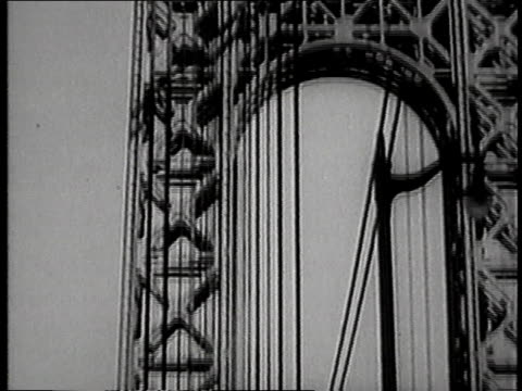 vidéos et rushes de october 24 1931 montage george washington bridge / manhattan new york united states - 1931