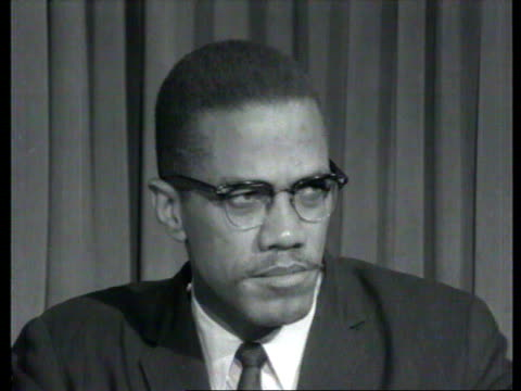 october 7, 1964 malcolm x on senator barry goldwater's chances in the upcoming election/ london, england/ audio - アメリカ黒人の歴史点の映像素材/bロール