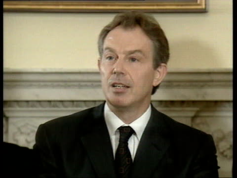 october 7, 2001 film montage profile of british foreign secretary jack straw and secretary of state john prescott/ prime minister tony blair speaking... - 60 64 years stock videos & royalty-free footage