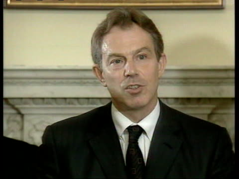vídeos y material grabado en eventos de stock de october 7, 2001 tony blair speaking about the deployment of british forces to afghanistan/ london, england/ audio - 2001
