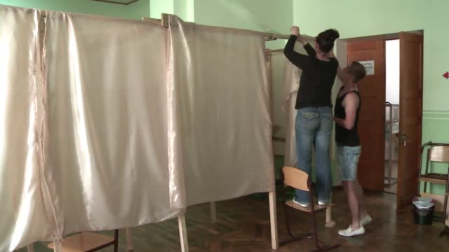 Odessa is gearing up for elections on Sunday when Ukraine is to elect a new president but pro Russian separatists have threatened to disrupt the vote...