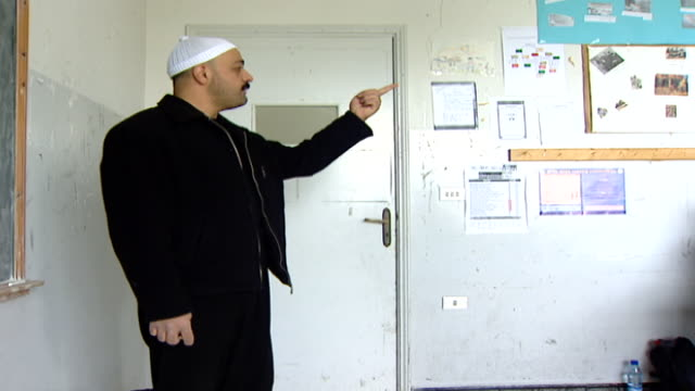 of a druze sheikh teacher lecturing a classroom of boys. irfan is a druze religious school with five branches across lebanon that operate as ngos. - theology stock videos & royalty-free footage