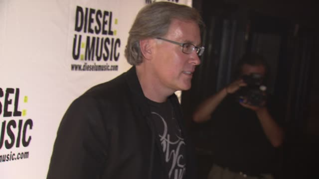 ceo of diesel us steve birkhold at the the 2009 dieselumusic tour hits nyc at new york ny - popular music tour stock videos & royalty-free footage