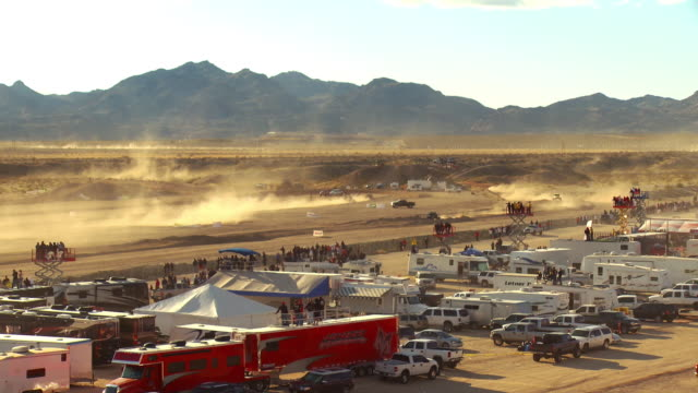 zo, ws, ts, off road racing vehicle riding on sandy track, laughlin, nevada, usa - off road racing stock videos & royalty-free footage