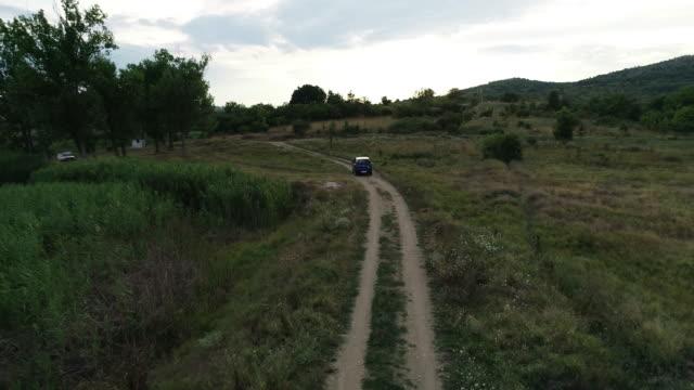 vidéos et rushes de véhicule hors route - 4x4