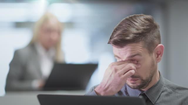Bureau achtergronden Teamwork mensen uit het bedrijfsleven in Office