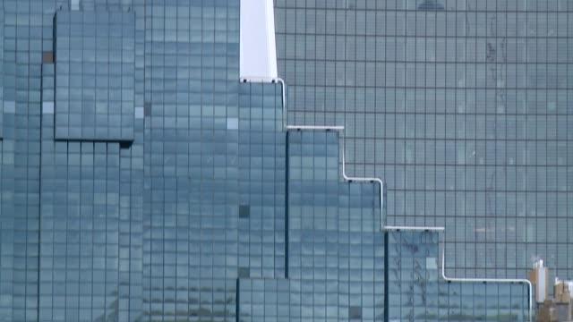 office buildings in london - window stock videos & royalty-free footage