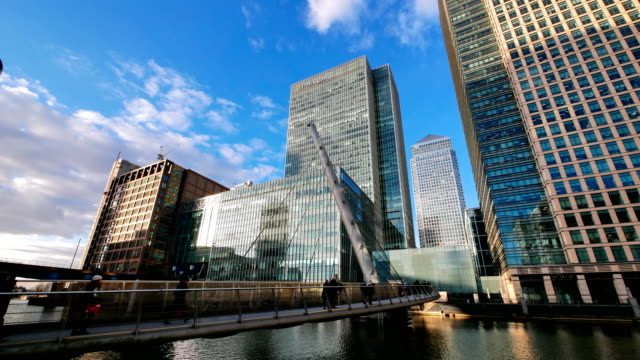 4k office business building in london, england - timelapse - canary wharf stock videos & royalty-free footage