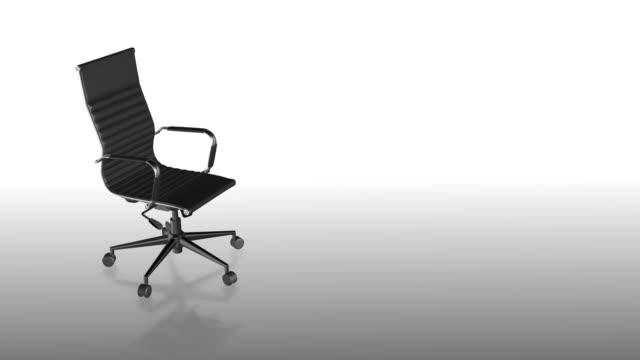 bürostuhl oder executive- oder leader-stuhl - sessel stock-videos und b-roll-filmmaterial