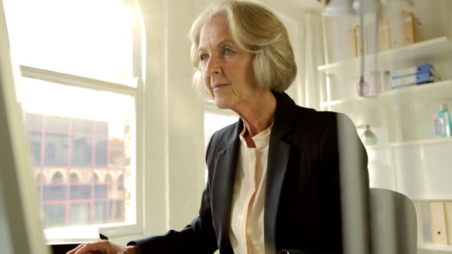 office senior woman flare  pr bs de cm - human resources stock videos & royalty-free footage
