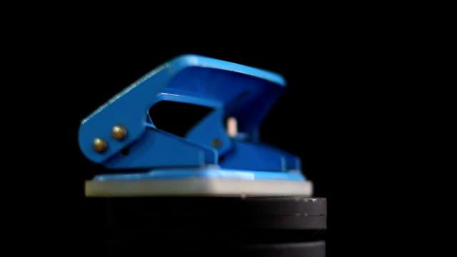 office supply - faustschlag stock-videos und b-roll-filmmaterial