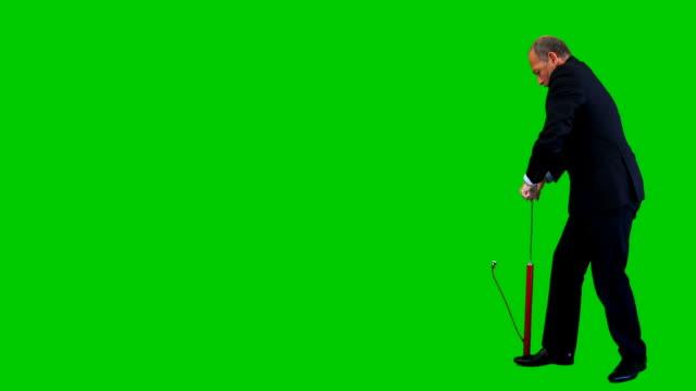 """vídeos de stock, filmes e b-roll de trabalhador de escritório com a bomba na verde """"chroma key - bomba de ar"""