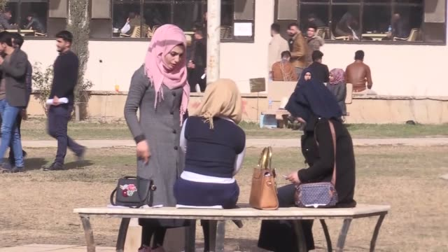 officials at the university of mosul, much of which was reduced to rubble during daesh's three-year occupation of the city, are now voicing optimism... - isil konflikt stock-videos und b-roll-filmmaterial