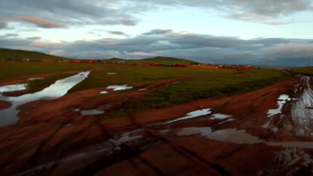 stockvideo's en b-roll-footage met off-road journey across the steppe - steppe