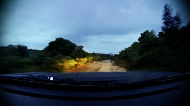 fuoristrada onboard camera car a notte - gara off road video stock e b–roll