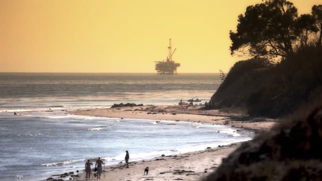 offshore oil rig drilling platform - pacific coast - oil exploration platform stock videos & royalty-free footage