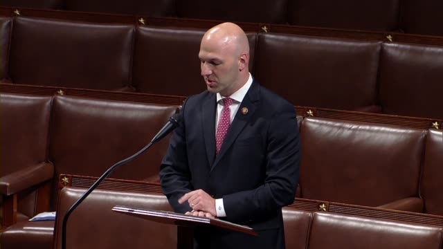 vidéos et rushes de ohio congressman anthony gonzalez says in floor debate on the george floyd justice in policing act that every call he had been on since floyd's... - promulguer