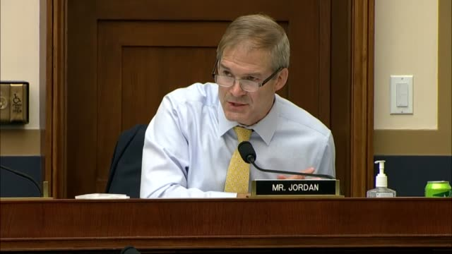 ohio congressman jim jordan asks apple ceo tim cook at a house judiciary committee antitrust hearing if the cancel culture mob was dangerous cook... - weiß stock videos & royalty-free footage