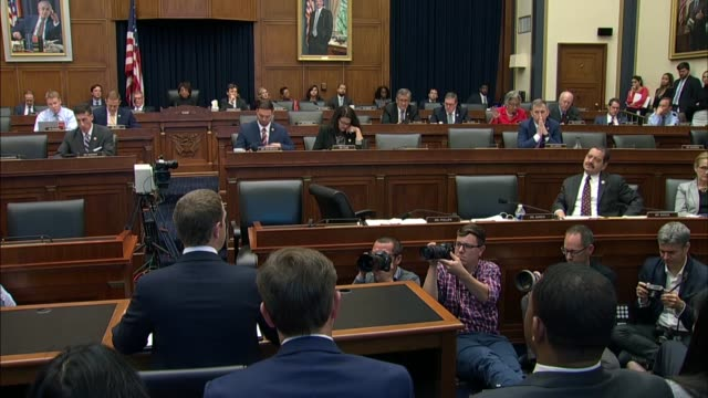 ohio congresswoman joyce beatty asks facebook ceo mark zuckerberg at house financial services committee hearing how many minority or women owned law... - kongressversammlung stock-videos und b-roll-filmmaterial