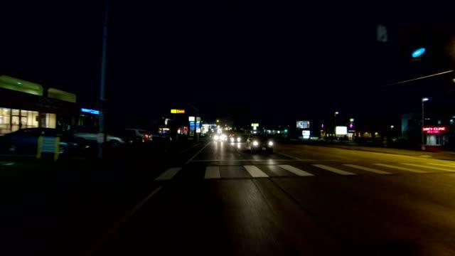 vidéos et rushes de rétroviseur de série xii ohio synchronisé processus plaque nuit au volant - part of a series