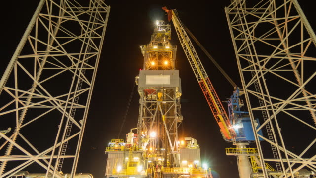 oil drilling rig 4k time lapse night time