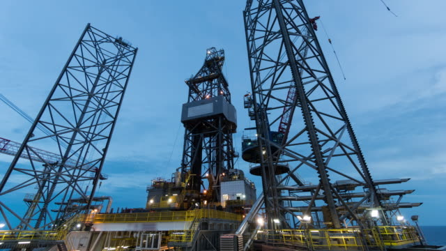oil drilling rig 4k time lapse night to day