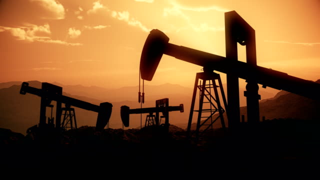 oil field | 4k loopable - industry stock videos & royalty-free footage