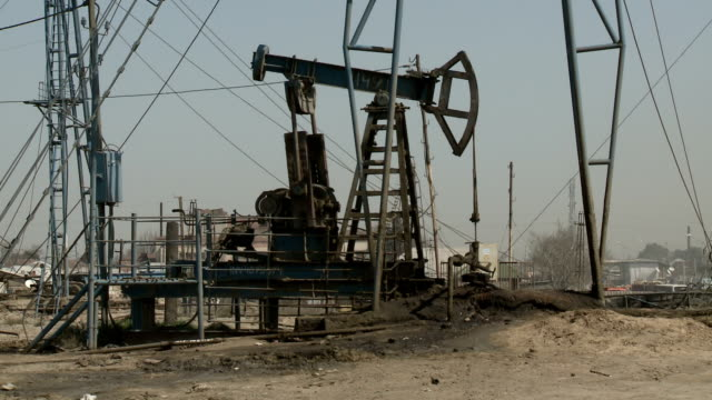 oil field baku - baku video stock e b–roll