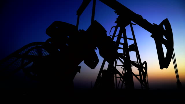 oil field - stati uniti d'america video stock e b–roll