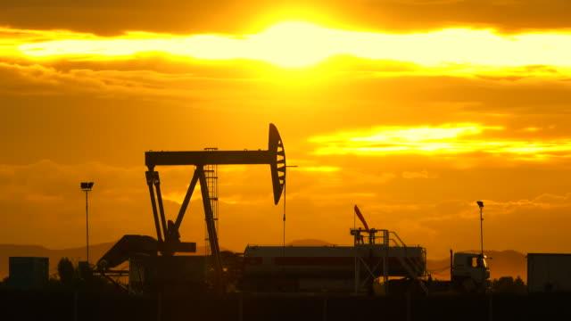oil industry  - stahlfass stock-videos und b-roll-filmmaterial