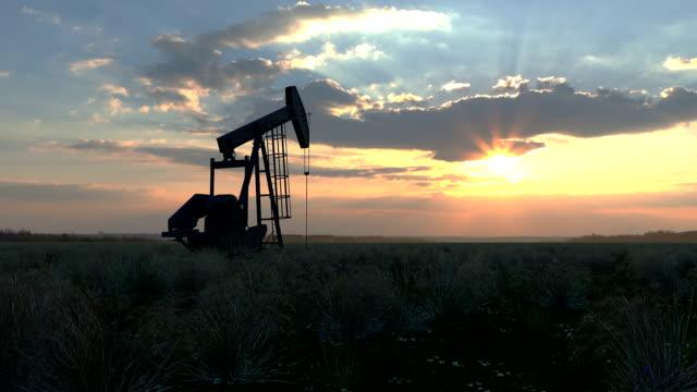 pompa dell'olio - trivella petrolifera video stock e b–roll