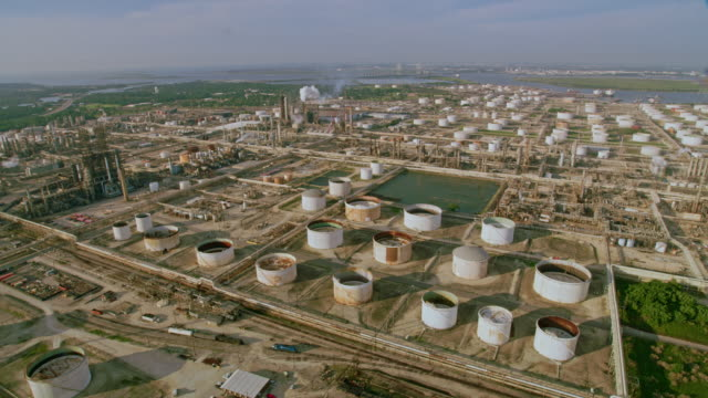 aerial oil refinery in texas, usa - refinery stock videos & royalty-free footage