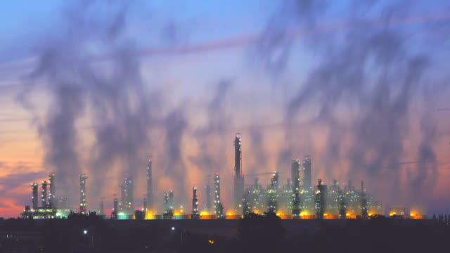 4K: Oil Refinery Plant and Power Generator