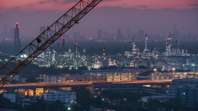 Oil Refinery,Time lapse
