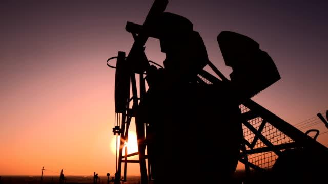 vídeos y material grabado en eventos de stock de plataforma petrolífera - petroleros