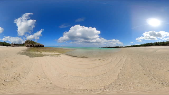 okinawa's coral reef beach - 360 stock videos & royalty-free footage