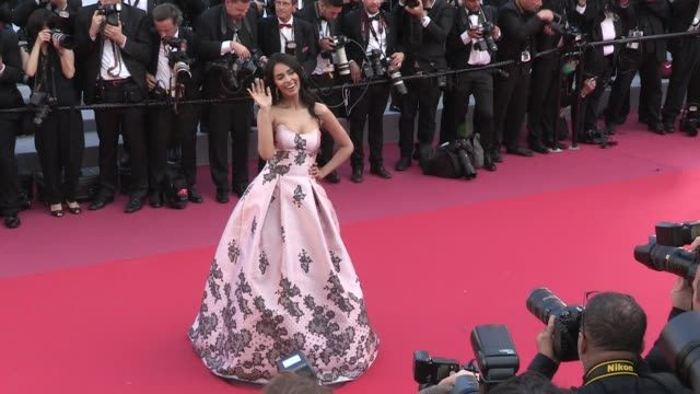 ola al fares daniella rahme helen mirren and mallika sherawat on the red carpet for the premiere of les filles du soleil at the cannes film festival... - 71st international cannes film festival stock videos & royalty-free footage