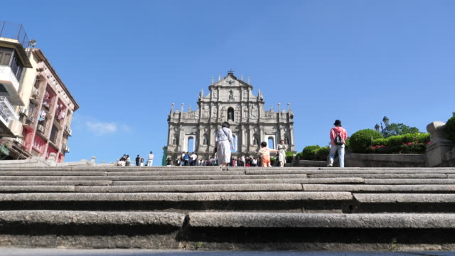 stockvideo's en b-roll-footage met oude kerkruïnes van st.paul's kerk in macaustad china - arts culture and entertainment