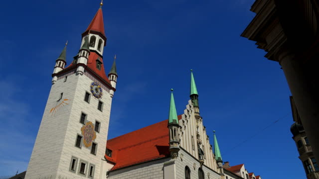 old city hall, munich, bavaria, germany - town hall government building stock videos & royalty-free footage
