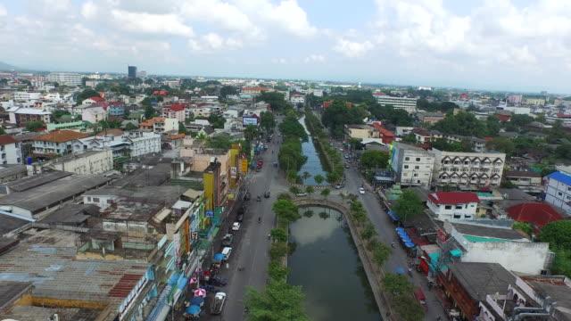 vídeos de stock, filmes e b-roll de old city moat / chiang mai, thailand - província de chiang mai