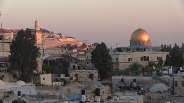 old city of jerusalem - tempel stock-videos und b-roll-filmmaterial