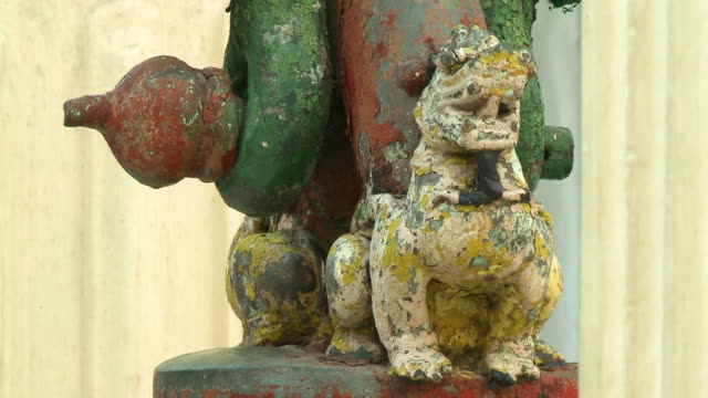 old dragon statuette colored with green and red - cinese stock videos & royalty-free footage